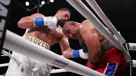 Parker zastopował Leapaia, Yafai obronił pas WBA